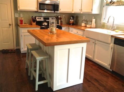 what to put on a kitchen island 22 best kitchen island ideas