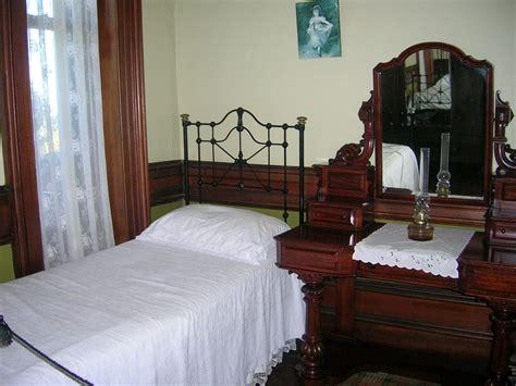 old bedroom old bedroom by labneh stock on deviantart