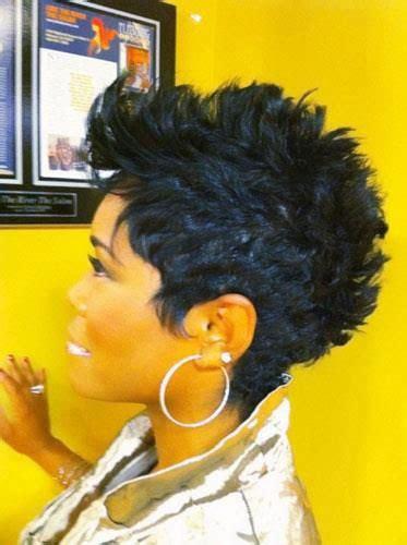 mohawk hairstyles  black women stayglam