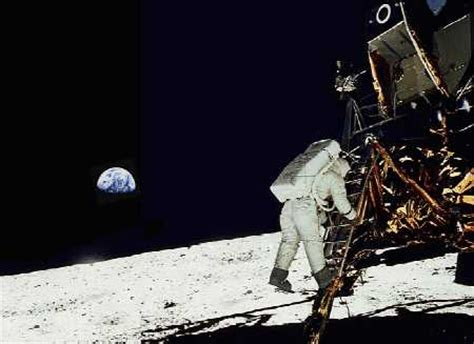 i helped to stage the moon landing in 1969 books did stanley kubrick stage the apollo moon landings deus