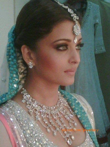 hair and makeup queanbeyan 61 best aishwayra rai images on pinterest aishwarya rai