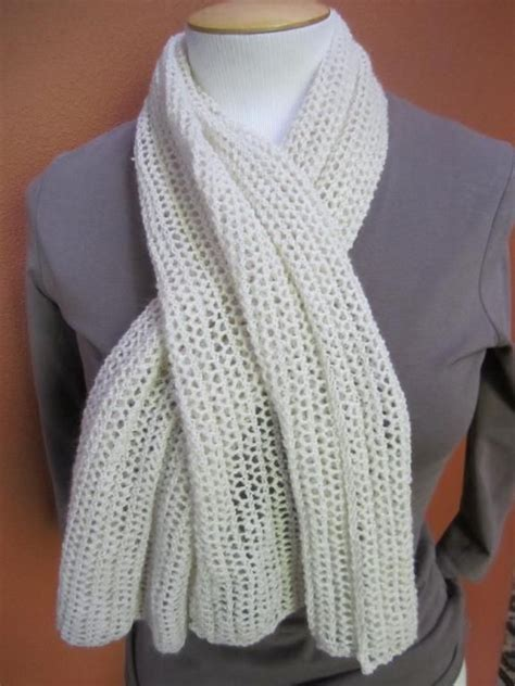 pattern for knitting a scarf beginner 10 easy scarf knitting patterns for beginners scarves