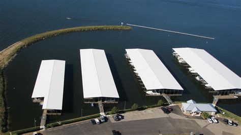 lake conroe rentals with boat dock the palms marina on lake conroe lake conroe texas