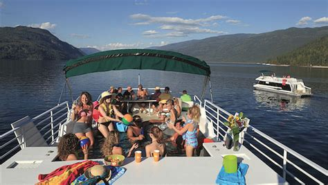 lake boats for sale bc shuswap adventures with twin anchors houseboats okanagan
