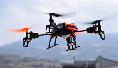 Kaos Drone Society 2 using drones to collect saving information in emergency management