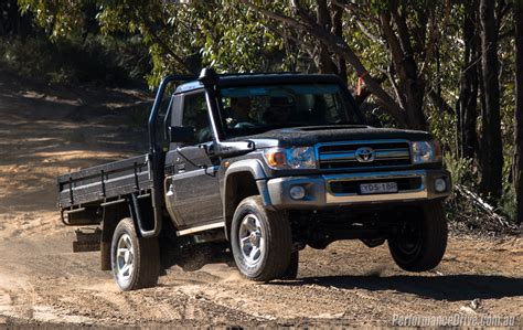 Toyota Land Cruiser 70 2016 Toyota Landcruiser 70 Ute Review