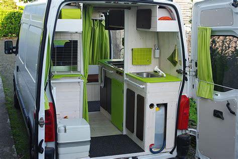 camion amenage pour cuisine kiri ki fourgon am 233 nag 233 discret avec meubles amovibles