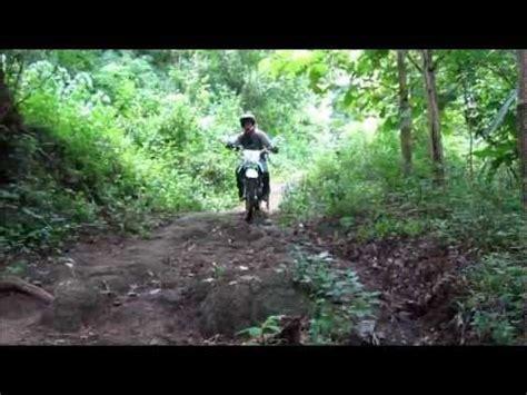 Helm Ink Di Garut pembalap motor trail tewas di lintasan kuningan jawa b