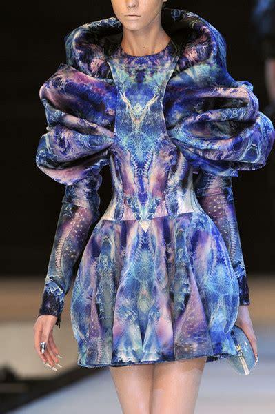 Weeka Dress Mc Mcqueen At Fashion Week 2010 Livingly