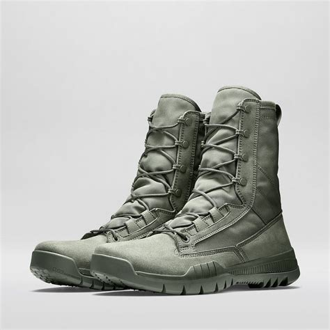 nike cowboy boots best 25 nike sfb boots ideas on nike sfb ara
