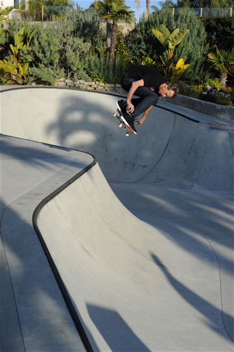 tony hawk backyard mike mo and tony hawk s house spot life lurking article