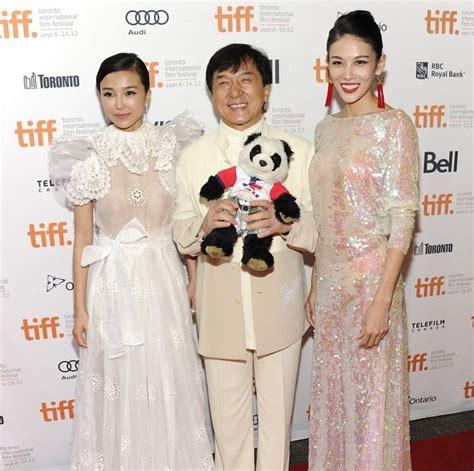 film china di rcti jackie chan beraksi selamatkan payudara artis china di