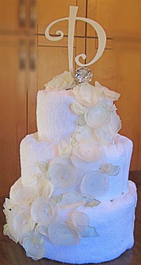 Bridal Shower Idea Towel Wedding Cake by Wedding Shower Towel Cake Gift Ideas