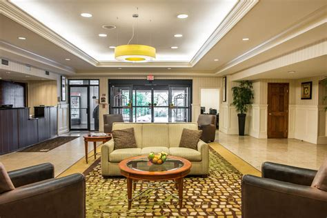 comfort suites pittsburgh comfort inn suites in pittsburgh hotel rates reviews