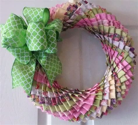 pattern for fabric wreath beautiful fabric wreath quilted wreath by