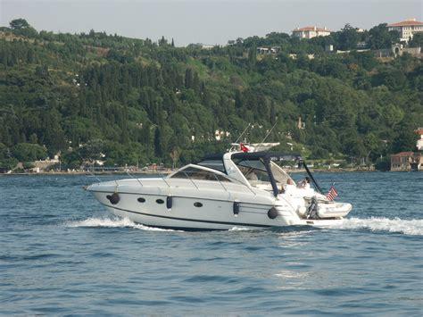 boat paint fibreglass six reasons for using epoxy in fibreglass boat repairs