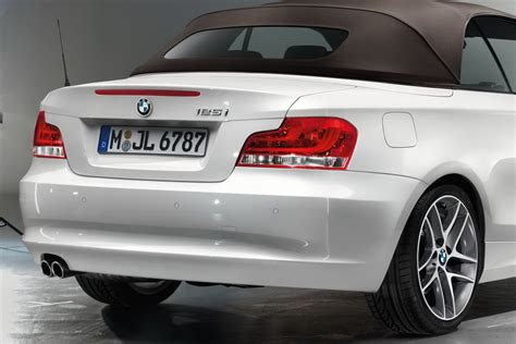 Bmw 1er Cabrio Limited Edition by Bmw Unveils 1 Series Limited Edition Lifestyle Autoevolution