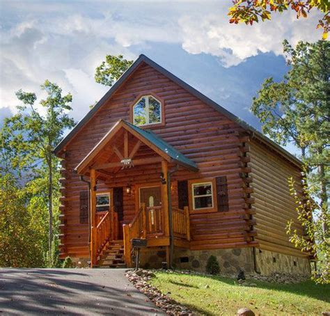 cabin cabin rentals and luxury log cabins on