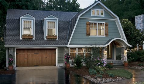 Exterior Garage Doors Clopay 174 Ridge 174 Collection Garage Door Makes Greenbuilder Magazine S 2012 50 Products