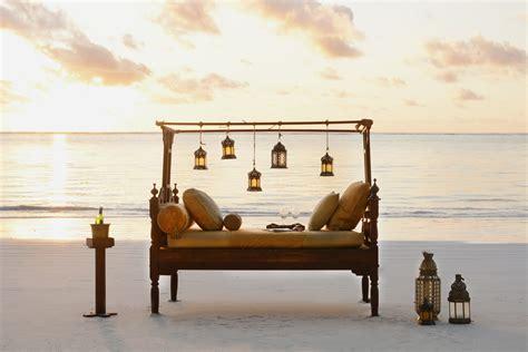 beach bed gallery archive breezes beach club zanzibar 174 official site
