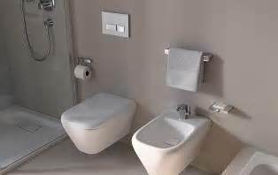 accessoires salle de bain design solutions pour la