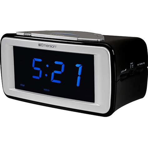 emerson smartset dual alarm am fm clock radio with surealarm walmart