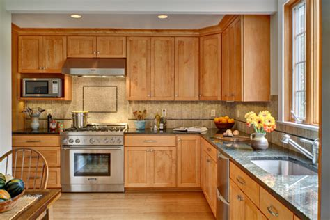 cognac color kitchen cabinets paint to match maple cognac kitchen cabinets