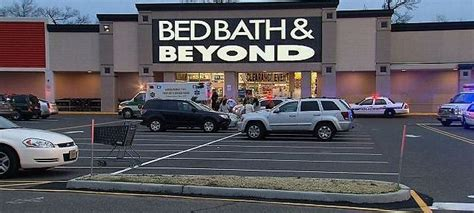 bed bath and beyond middletown nj woman stabbed over a dozen times in nj bed bath beyond