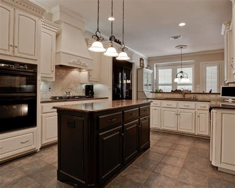 kitchen cabinets with black appliances black appliances kitchen design ideas photos