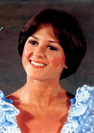 what kind cut did dorthy hammel have inhaircuts disco hairstyles for women