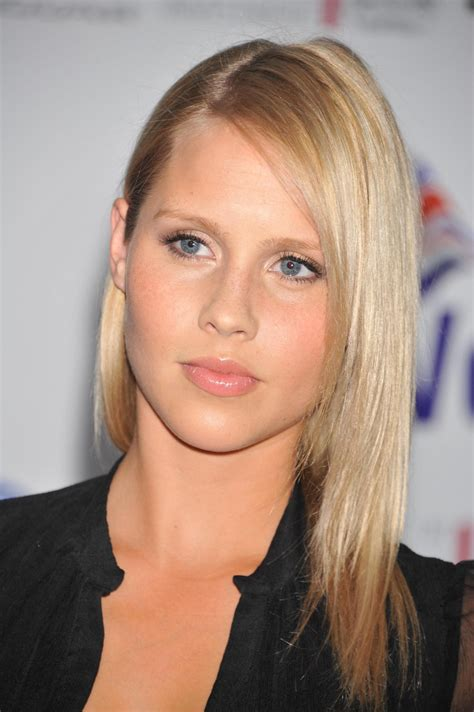 claire actress younger classify and place young australian actress claire holt