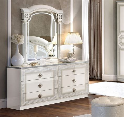 Italian White Bedroom Furniture by Aida White Italian Bedroom Furniture