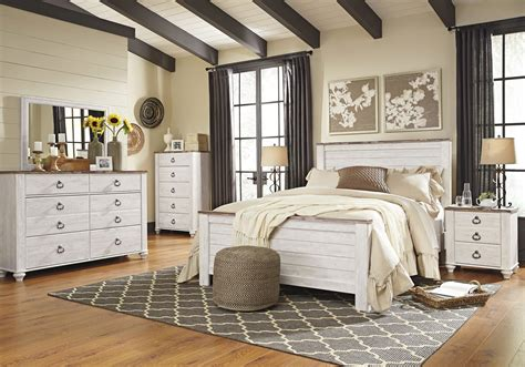 ashley willowton  queen size panel bedroom set pcs