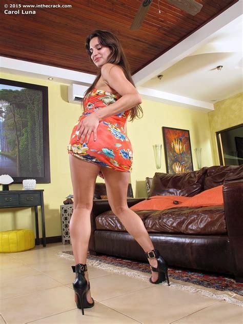 carol luna  orange  sexy gallery    crack