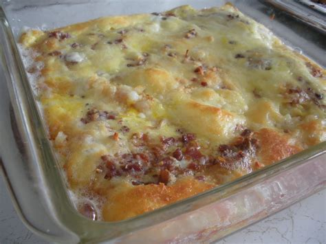 the american homemaker simple breakfast casserole