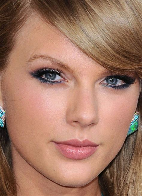 Silly Makeup At The Grammys by 29 Of The Best Looks At The Grammys Makeup