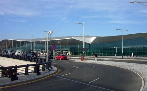 barcelona el prat barcelona el prat airport 4 star rating skytrax