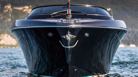 riva rivamare volvo penta   photo gallery luxury yacht