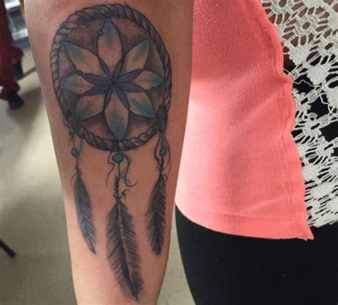 imagenes de tatuajes de atrapasueños tatuajes de atrapasue 241 os significado y ejemplos en fotos