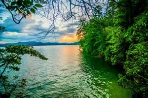 Scenery at lake jocassee free stock photo public domain pictures