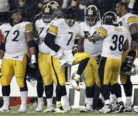 ben roethlisberger bench press steelers patriots football mirth and motivation