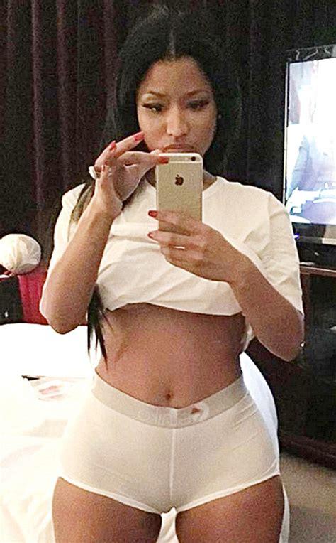 nicki minaj shows off her hot bod as she shows off her nicki minaj shows off her body in tight undies in