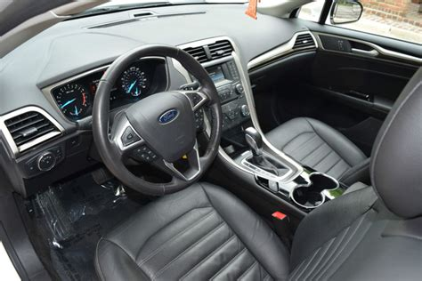 Ford Fusion 2014 Interior by 2014 Ford Fusion Pictures Cargurus