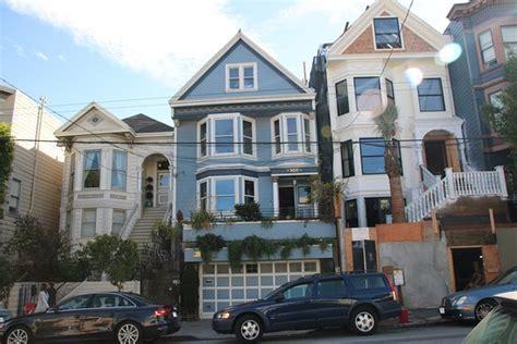 Maison Bleue Maxime Le Forestier by Maison Bleu Maxime Le Forestier San Francisco Ce Qu Il