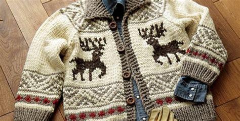 reindeer sweater knitting pattern cowichan knitted reindeer jacket free knitting pattern