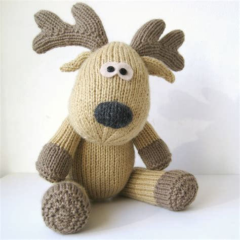 knitting pattern toys rupert reindeer toy knitting pattern on luulla