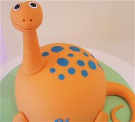 3d dinosaur cake template dinosaur cakes on dinosaur cake dinosaurs and