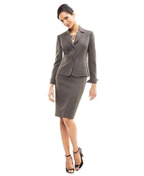 le suit skirt suit two button blazer pencil skirt
