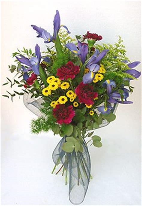 mazzetti di fiori fiori e piante nel web trasmissioni floreali i