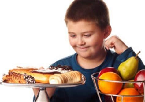imagenes de niños obesos jugando videojuegos obesidad en ni 241 os que duermen poco moda de hoy